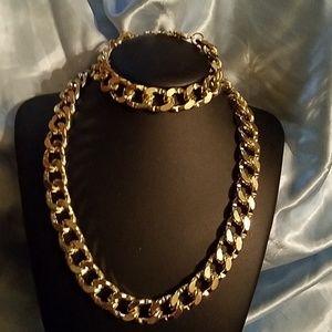 Other - 2 pc set bracelet & chain / necklace gold lg link